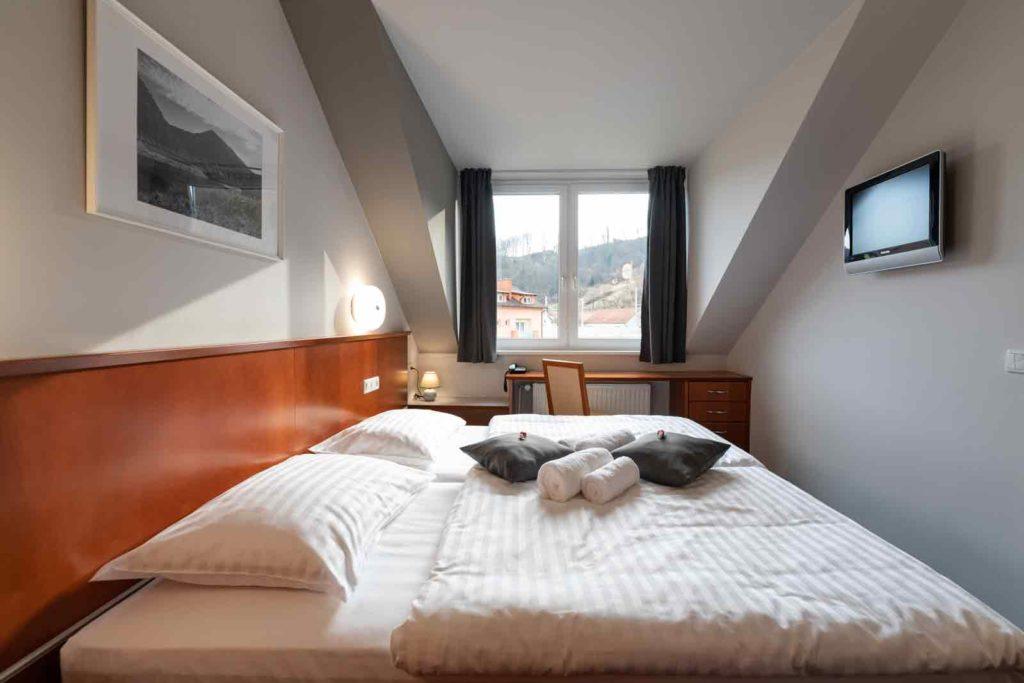 Hotel Špica Laško - dvoposteljne sobe Laško