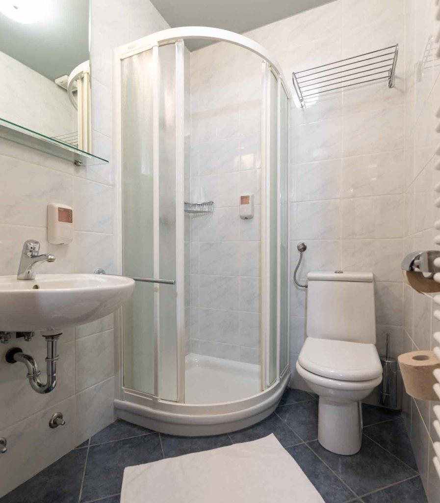 Hotel Špica Laško - kopalnica v sobi
